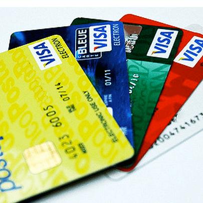素朴な疑問にお答えします。他社借入があるとクレジットカードの審査に影響しますか?