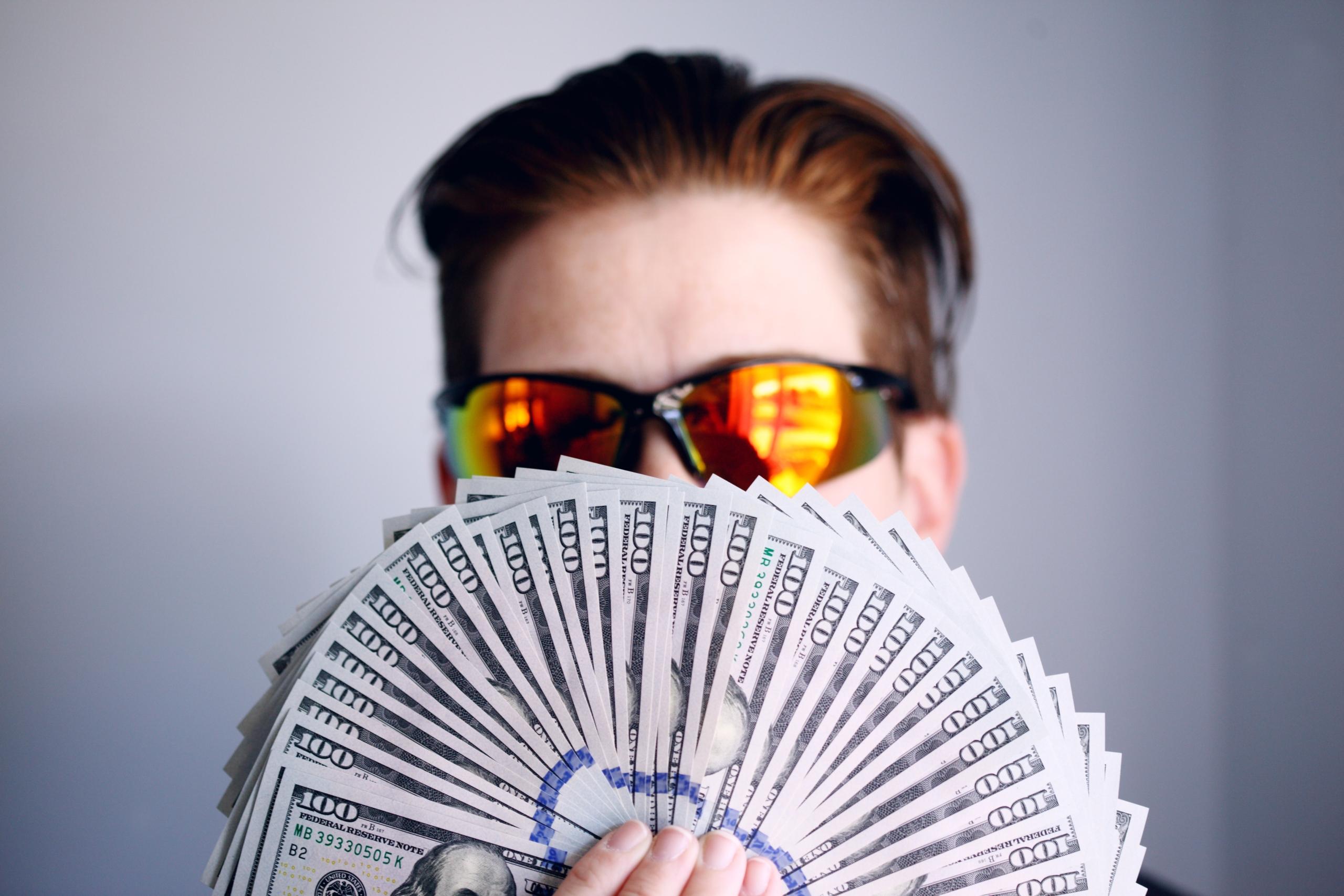 三井住友カード プライムゴールドの年会費5500円は高いのか!?