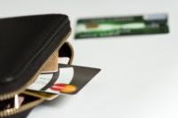 今すぐ5万円が必要でクレジットカードを使うときの注意点は?
